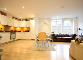Thumbnail 2 bed flat to rent in Shepperton Road, Shoreditch