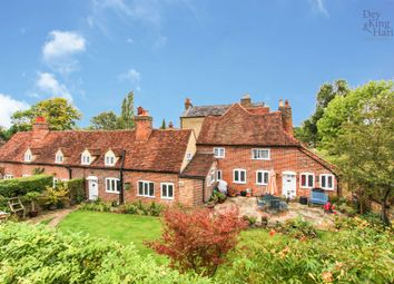 4 bed cottage for sale in Upper Highway, Kings Langley WD4