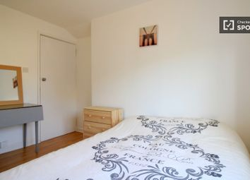 Thumbnail Room to rent in (Arches), Valentia Place, London