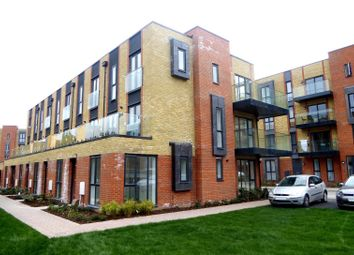 Thumbnail 2 bed flat to rent in Robert Parker Road, Reading