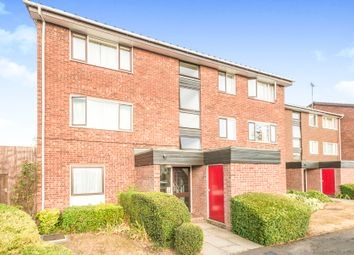Thumbnail 2 bed flat for sale in The Paddock, Hatfield