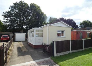 Thumbnail 2 bed property for sale in First Avenue, Ashfield Park, Scunthorpe