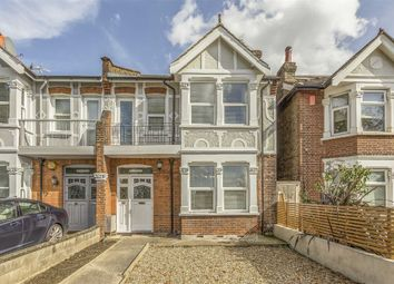5 bed terraced house to rent in Eastfields Road, London W3
