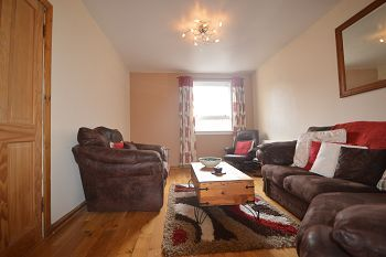 Thumbnail 2 bed flat to rent in Canongate, Edinburgh Available Now