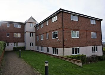 Thumbnail 1 bed flat for sale in Treetop Close, Luton