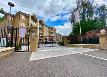 Thumbnail 3 bed flat to rent in Wharf Lane, Rickmansworth