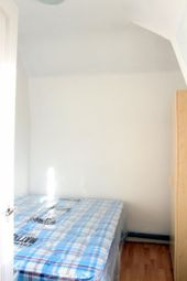 Thumbnail 4 bed flat to rent in Queens Crescent, London