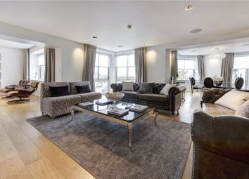Thumbnail 4 bed flat to rent in Arlington Street, Piccadilly, London