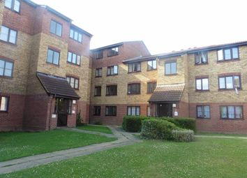 Thumbnail 2 bedroom flat to rent in Conway Gardens, Grays