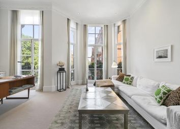 Thumbnail 2 bed flat for sale in Cadogan Square, London