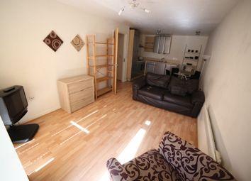Thumbnail 2 bed flat to rent in Elmwood Lane, Leeds