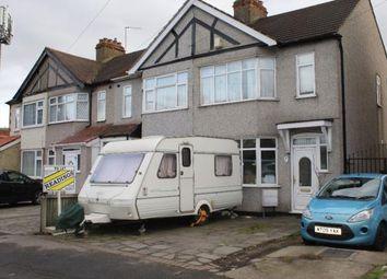 Thumbnail 3 bedroom detached house to rent in Wentworth Way, Rainham, Essex