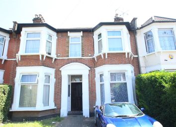 Thumbnail Studio to rent in Wellwood Road, Goodmayes, Ilford