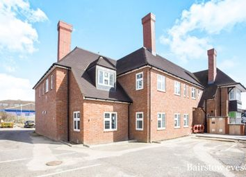 Thumbnail 2 bed flat to rent in Glengall Road, Edgware