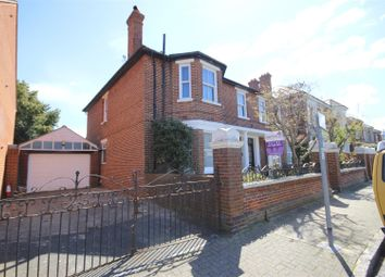 Thumbnail 5 bedroom flat to rent in Yarborough Road, Southsea
