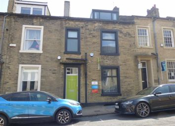 Office to let in Carlton Street, Halifax, Halifax HX1