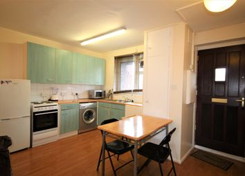 Thumbnail 2 bed flat to rent in Hobsons Place, London