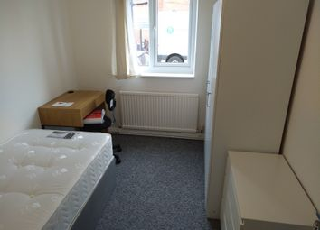 Thumbnail Room to rent in Westfield Lane, South Elmsall, Pontefract