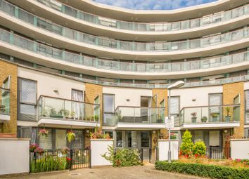 Thumbnail 2 bed flat to rent in William Congreve House, Islington