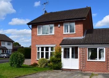 Thumbnail 3 bed detached house for sale in Parsons Close, Shipston-On-Stour