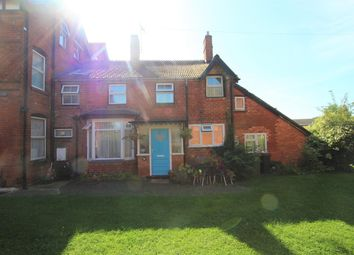 Thumbnail 2 bed cottage to rent in Evesham Road, Astwood Bank, Redditch