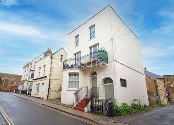 Effingham Street, Ramsgate CT11. 3 bed flat for sale