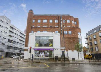 Thumbnail 3 bed flat for sale in Trafalgar Road, London