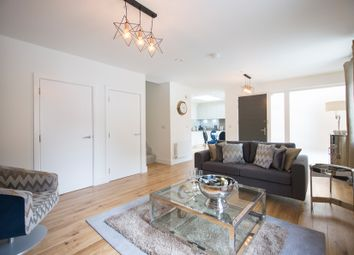 Thumbnail 2 bed mews house for sale in Balls Pond Road, Islington