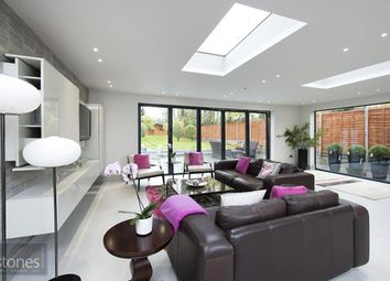 Thumbnail 5 bed detached house to rent in Connaught Drive, Temple Fortune, London