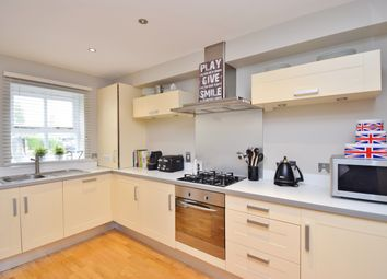 Thumbnail 2 bed flat to rent in Upper Grotto Road, Twickenham