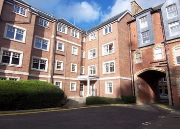 Thumbnail 2 bed flat to rent in Upper Gray Street, Newington, Edinburgh EH9,