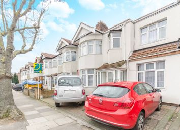 Thumbnail 6 bed property for sale in Vine Gardens, Ilford