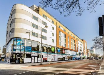 2 bed flat to rent in Uxbridge Road, London W13