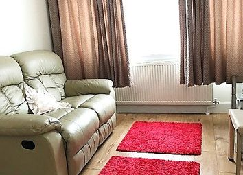 Thumbnail 1 bed flat to rent in Worcester Crescent, London