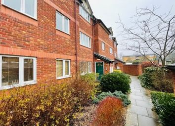 2 bed flat to rent in Cornwall Place, Leamington Spa CV32