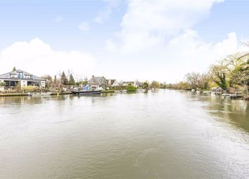 2 bed bungalow for sale in Towpath, Shepperton TW17