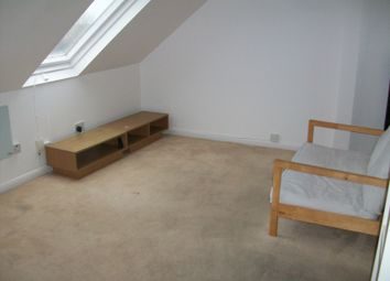 1 bed flat to rent in Heath Road, Hounslow TW3