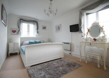 Thumbnail 2 bed flat for sale in Lancers Drive, Thatcham