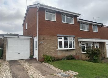 Aldersleigh Drive, Stafford ST17. 3 bed semi-detached house