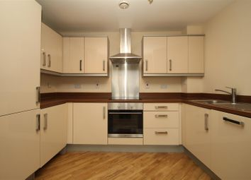 Thumbnail 2 bed flat to rent in Handley Court, Selden Hill, Hemel Hempstead