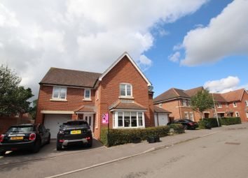 Thumbnail 5 bed detached house to rent in Monarch Drive, Shinfield, Reading