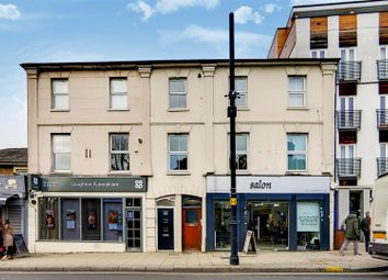 Thumbnail 1 bed flat to rent in High Road, Loughton