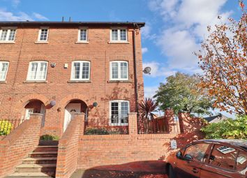 3 bed town house for sale in Oliver Fold Close, Worsley, Manchester M28