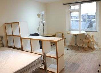 Thumbnail Studio to rent in Montague Hill South, Bristol