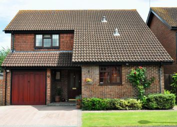 Thumbnail 4 bed detached house for sale in Borderside, Yateley, Hampshire