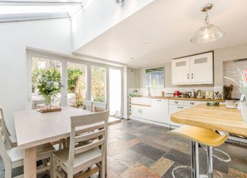 Thumbnail 4 bed property to rent in Oldfield Road, Stoke Newington