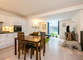 Thumbnail 1 bed flat for sale in Vulcan Way, Islington
