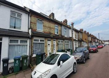 3 bed property to rent in Cecil Street, Watford WD24