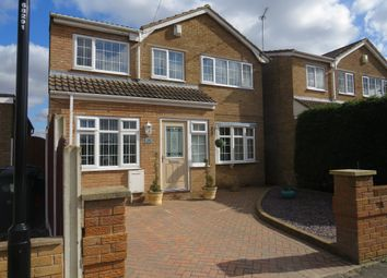 Thumbnail 4 bedroom detached house for sale in Warwick Close, Hatfield Woodhouse, Doncaster
