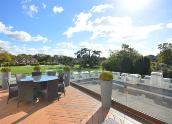 Thumbnail 2 bedroom flat for sale in Woodland Way, Kingswood, Tadworth